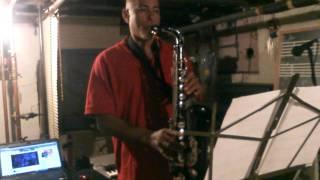 getlinkyoutube.com-merengue sax...noche de copas (tonny tun tun)