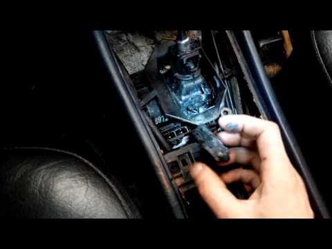 Mercedes-Benz W124 датчик включения заднего хода (лягушка)