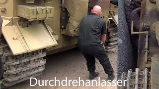 "getlinkyoutube.com-🇩🇪 Tiger Tank  "" Hand Crank Engine Start Up """