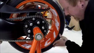 getlinkyoutube.com-KTM 1290 Superduke R special edition -  Mounting accesories