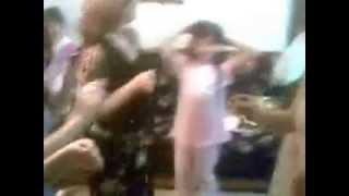 getlinkyoutube.com-رقص نسائي عائلي عراقي رائع في فرحة زواج عراقية   YouTube