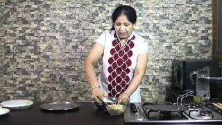 getlinkyoutube.com-Stuffed Mooli Paratha Recipe - Mooli Paratha Recipe - Punjabi Mooli ka paratha