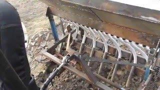getlinkyoutube.com-самодельная сеялка точного высева к мини трактору мтз