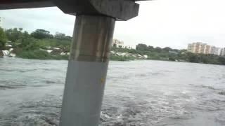 getlinkyoutube.com-CHENNAI RAIN : Dangerous Flood in Adyar River
