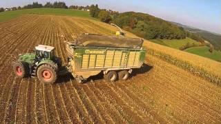 getlinkyoutube.com-Lohnunternehmen Reiff beim Maishäckseln am Fiedler-