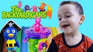 getlinkyoutube.com-Backyardigans Massinha de Modelar Play-Doh Mini Balde da Diversão Sunny