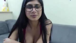 mia khalifa sooooo sexy xx video