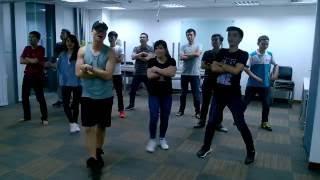 getlinkyoutube.com-Tập nhảy - Happy flashmob