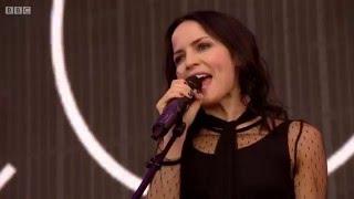 getlinkyoutube.com-The Corrs - Live in Hyde Park 2015 (BBC Radio 2)
