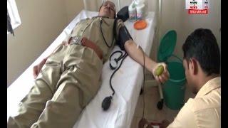 चंपावत: एसपी को रक्त दान करते देख उमड़ा लोगों का सैलाब