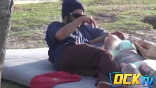 getlinkyoutube.com-Video Lucu Ngerjain Orang Lagi Nge Sex Bebas Di Pantai, Dijamin Ngakak !!!