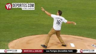 Lou Ferrigno The Incredible Hulk throw the first ball at White Sox