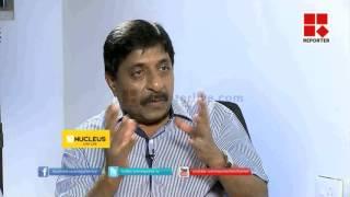 getlinkyoutube.com-Close Encounter with Sreenivasan and Nikesh Kumar