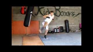 getlinkyoutube.com-kick boxing entrainement 2