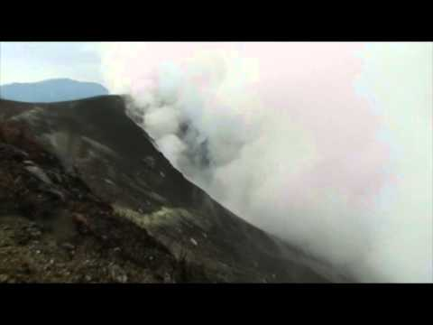Raw: Costa Rica Volcano Roars to Life