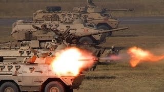 getlinkyoutube.com-Ratel 90 and SANDF Armour in Mock Battle Formation
