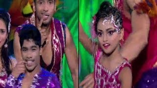 getlinkyoutube.com-Sonali-Sumant does a 'Dhating-Naach'