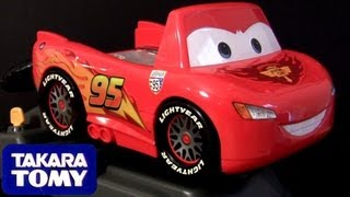 getlinkyoutube.com-Cars 2 Driving Lightning McQueen Racing Tomica Takara Tomy Baby toys for Children DisneyPixarCars
