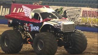 getlinkyoutube.com-Monster Jam - Thor vs Monster Energy Monster Truck Freestyle from Arnhem - 2012