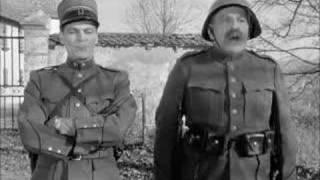 getlinkyoutube.com-HD Soldat Läppli am Strofexerziere