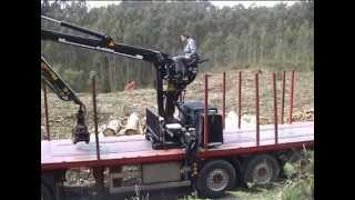 getlinkyoutube.com-GRÚA FORESTAL GUERRA 83N - FOREST CRANE AND RO-RO SYSTEM