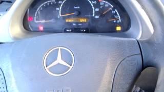 getlinkyoutube.com-Mercedes Benz Sprinter 313 cdi cold start -22