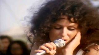 getlinkyoutube.com-Jefferson Airplane - White Rabbit (Grace Slick, Woodstock, aug 17 1969)