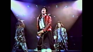 getlinkyoutube.com-Michael Jackson - Thriller - Live Wembley 1988 - HD