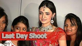 getlinkyoutube.com-Iss Pyaar Ko Kya Naam Doon : Final Day Shoot
