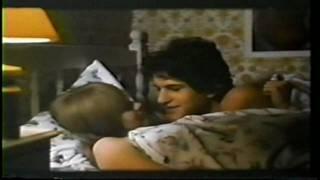 getlinkyoutube.com-THE LITTLE GIRL WHO LIVES DOWN THE LANE (1976) HD TRAILER