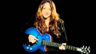 Ana Carolina - Feriado O Amor É Um Rock Entre Tapas E Beijos - CD ENSAIO DE CORES view on youtube.com tube online.