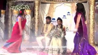 getlinkyoutube.com-danse indienne rc new boys and girls tamil wedding entrance 06/04/2014 Pont Marly