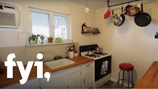 getlinkyoutube.com-Tiny House Hunting: Small But Not Ugly in Philly | FYI