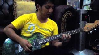 Apoy Wali & gitar transparan batik