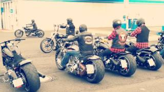 getlinkyoutube.com-Harley Davidson Breakout Friends