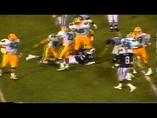 Oregon DT David Cusano and DE Matt Brock stuff a run vs. AZ 11-12-1988
