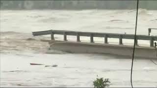 Colapsa puente en  Kingsland, Texas por inundación