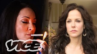 getlinkyoutube.com-The Real Nancy Botwin From 'Weeds'?