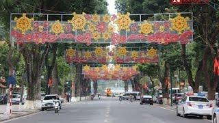 getlinkyoutube.com-Vietnamese Lunar New Year 2016 - Tet Vietnam,  So Beautiful New Years in Saigon...