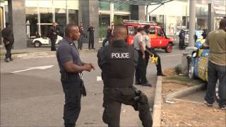 getlinkyoutube.com-3 Police Officers injured in Crash at Gulf City Mall, La Romaine. 25/04/2015 - Trinidad & Tobago