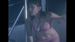 getlinkyoutube.com-Manjari Phadnis Hot Boobs in 2 Piece Bikini From Warning