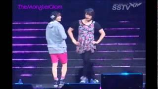 "getlinkyoutube.com-Hyunseung & Dong Woon ""Trouble Maker"" (Live 2nd Fanmeet B2UTY & BEAST)"