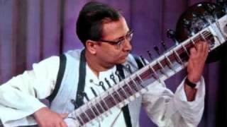 getlinkyoutube.com-Raag Yaman Kalyan by Pandit Nikhil Banerjee with Ustad Zakir Hussain
