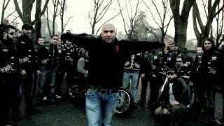 getlinkyoutube.com-Veysel - IM GHETTO GEBOREN [Official HD Video]