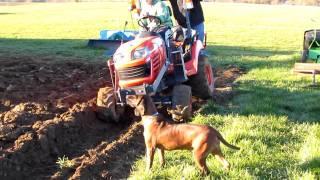 getlinkyoutube.com-Kubota bx plowing