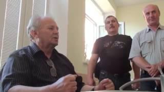 getlinkyoutube.com-Белорусские пчеловоды в гостях у Цебро. Фильм 1