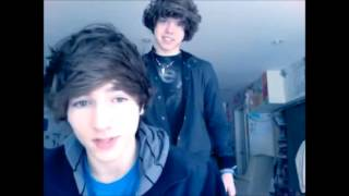 getlinkyoutube.com-Exclamation Point - Fan Video - Danny Edge and Paul Zimmer - One Direction - Live While We're Young