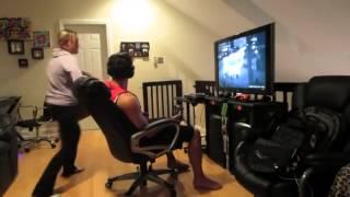 getlinkyoutube.com-มีแฟนติดเกมส์! มันต้องเจอแบบนี้   เล่นได้ให้มันรู้ไป คลิปหมวด สุดเจ๋ง Cilp วันที่ 25 Sep 2013