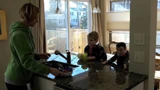 getlinkyoutube.com-Billy's Movie: Slappy Messes Up the Room.m4v