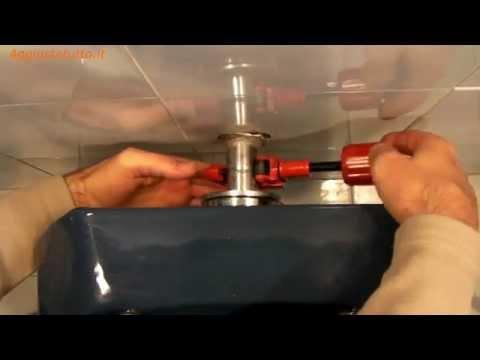 Riparare una perdita d'acqua del wc